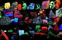 Fluorescent_minerals_hg[1]